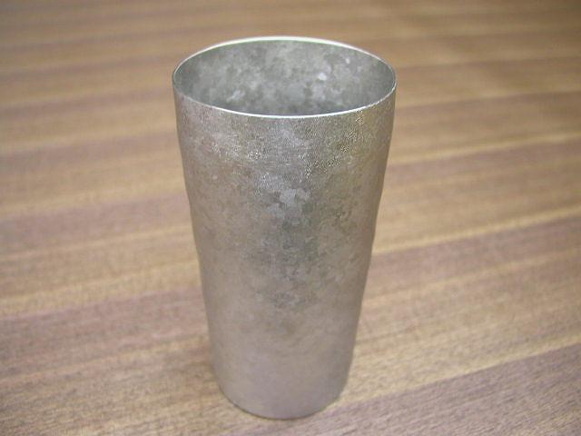 チタン製 二重タンブラー 日本製 耐食性 超軽量 ノンアレルギー 堅牢 さびにくい ガラス比2倍の保冷効果 安らぎ いやし よりおいしく 安心 機能的 長持ち 人気 おすすめ 高機能 ネット通販 ネットショップ  汚れが付きにくい 泡立効果 硬い 保温効果 結露しにくい 持っても熱くない 氷が溶けにくい 冷めにくい 指紋あとが付きにくい 高強度 艶消し 極薄 匠の技 熟練職人 日本製 高品質 安らぎ いやし よりおいしく 安心 機能的 長持ち 人気 おすすめ 高機能 ネット通販 ネットショップ セレクトショップ 欲しい 購入 買う 買い物 岐阜県 岐阜市 美殿町 特別な 選び抜かれた 品質重視 使いやすい 格安 老舗 ギフト 誕生日 結婚 出産 入学 退職 母の日 父の日 敬老の日 クリスマス プレゼント 引き出物 法要 お返し 贈り物 記念品 長寿 お祝い 御礼 内祝い 外国土産 海外みやげ 実店舗 創業100年以上 使うと分かる職人技 日本一の品揃え 日本一の在庫数 専門店 専門知識 数千点の在庫 百貨店(高島屋 三越 伊勢丹 松坂屋 大丸)にない 手造り お洒落 高級品 希少価値 上質な器 伝統工芸品