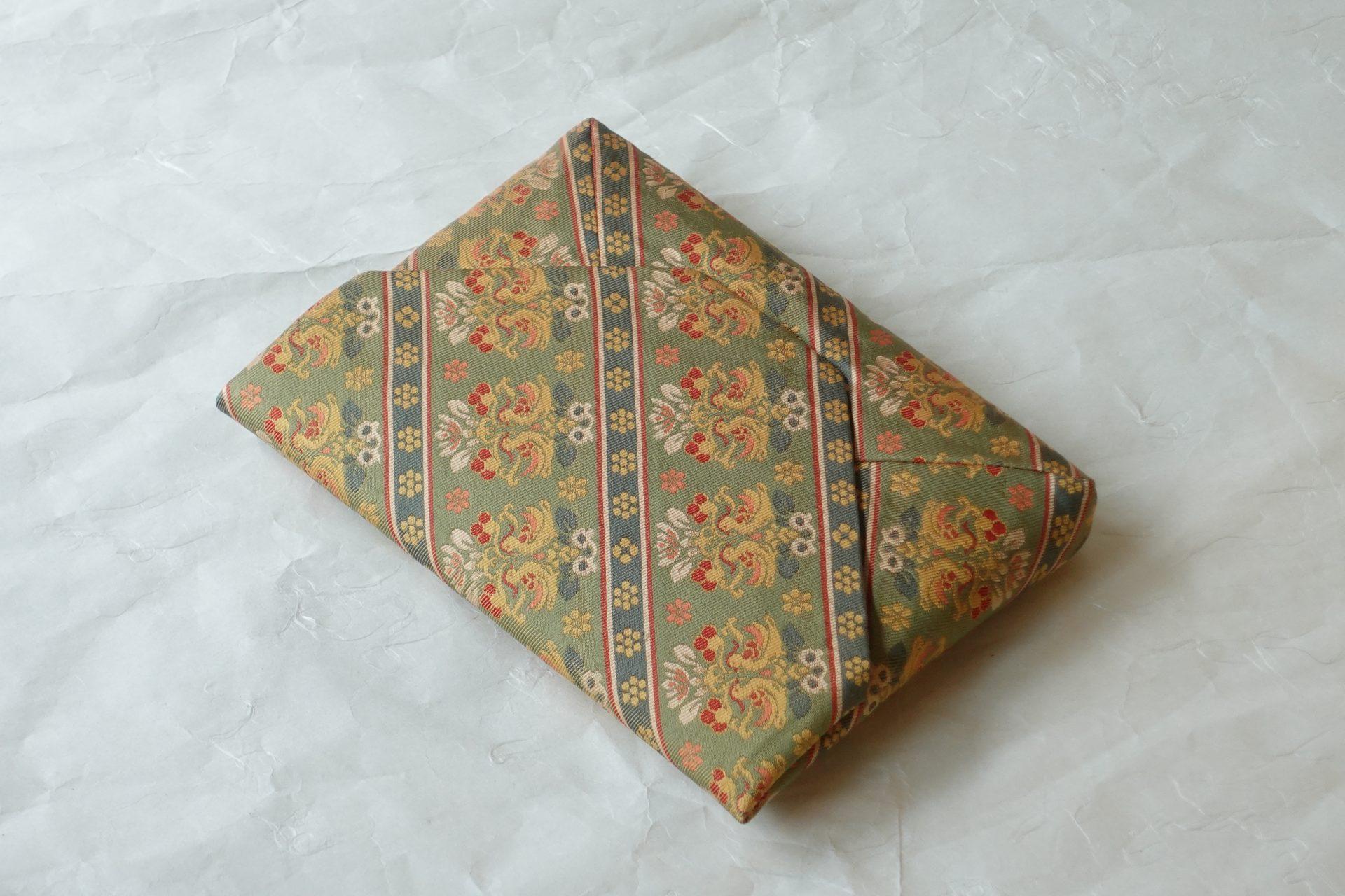 日本製 正絹 数寄屋袋 茶道 茶の湯 和装 ハンドバッグ 七曜 鴛鴦 おしどり 花鳥文 正倉院宝物 奈良時代 ぼかし 暈繝 うんげん 華やか 風情 艶麗