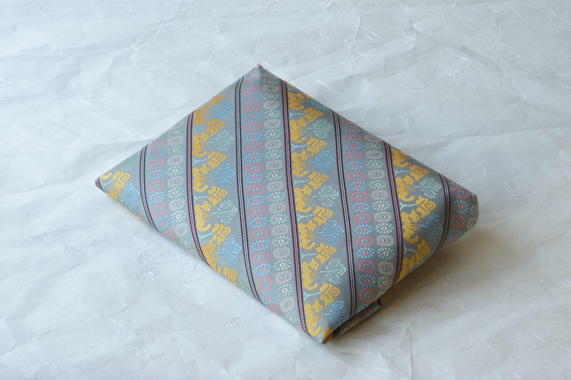 茶道具 茶の湯 日本製 正絹 数寄屋袋 袋物 和装 ハンドバッグ いちご錦 名物裂 駱駝文 ラクダの紋様
