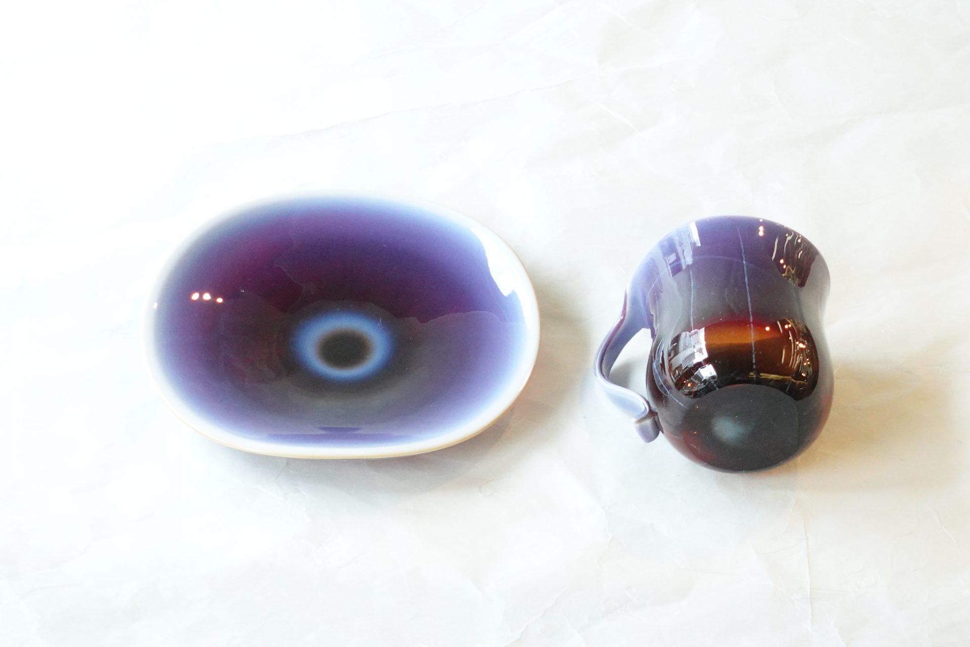日本製 手作りガラス 耐熱ガラス 窯変 多彩な発色 ベテランの職人さん 高度な技術 紫色 赤紫色 グラデーション ストライプ柄 芸術 美しい 焼成温度が高い 硬い 欠けにくいガラス