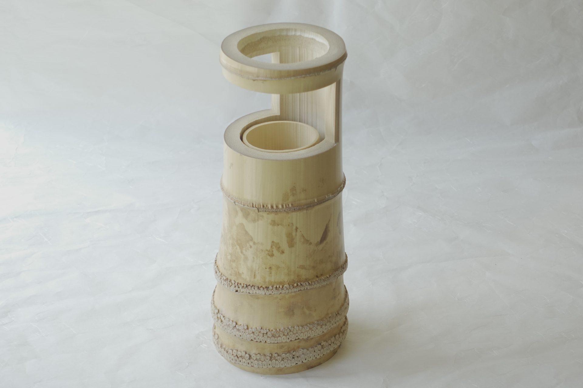 茶道具 茶の湯 茶道 漆器 竹寛 竹製 一重切 花入 掛け花 千利休 小田原 園城寺 同じ形 最も好んだ竹花入の形 白竹 侘びた風情 節 小さな玉 厳選された素材 竹製の筒