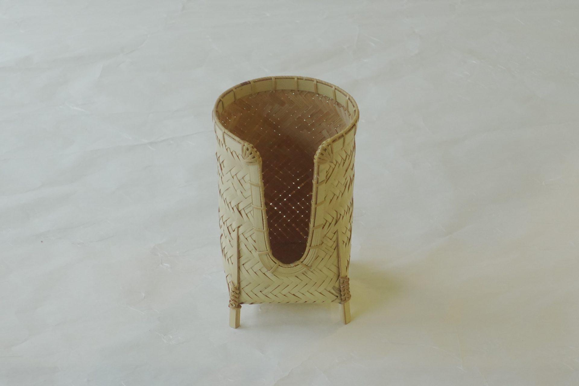 漆器 日本製 竹製 碗筒 煎茶 煎茶碗 白竹 編み方 細かい 補強 職人技 竹の表皮 滑らか 小ぶり