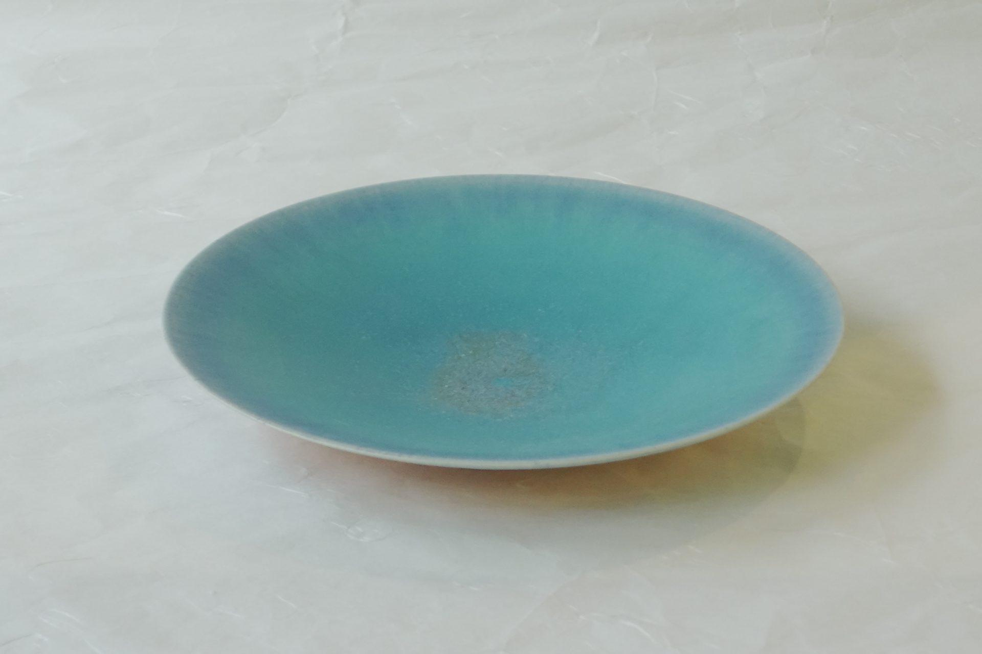 食器 陶器 清水焼 青釉 手づくり プレート きれいな トルコブルー お皿 釉薬の変化 さわやか メイン料理の皿 盛皿 和皿 洋風のお料理 お洒落 引き立てる